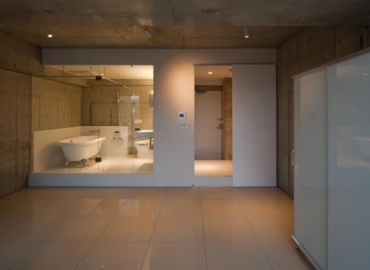 White Residence01