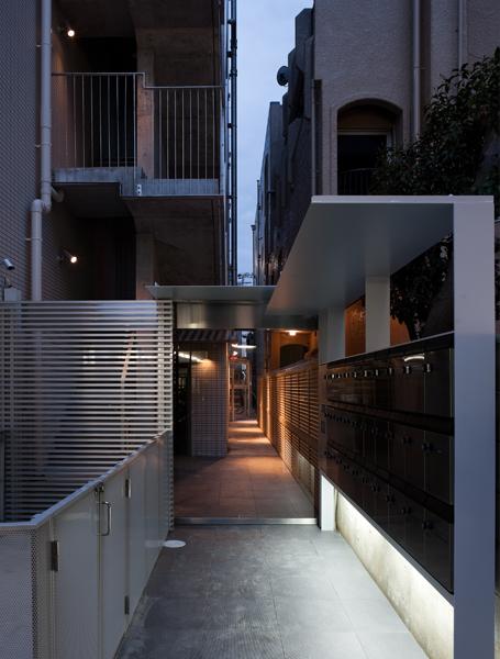 White Residence06